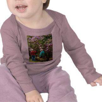 En el jardín de la lila camiseta