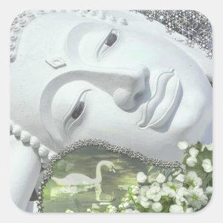 En el jardín - Quan Yin y flores Pegatinas Cuadradases Personalizadas