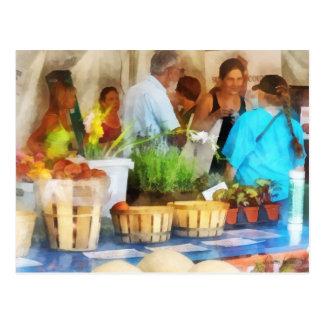 En el mercado del granjero tarjetas postales
