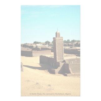 En el oasis de Salah, el más caliente del Sáhara,  Papeleria