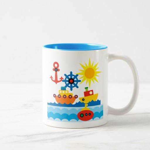 En el océano taza de café