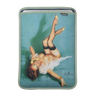 En el teléfono - Pin del vintage encima del chica Funda Macbook Air