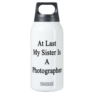 En el último mi hermana es fotógrafo