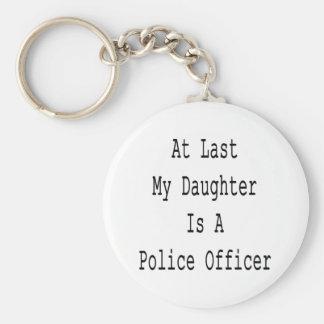 En el último mi hija es oficial de policía llaveros personalizados