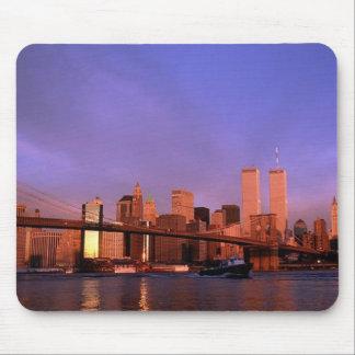 en el World Trade Center NYC de las torres gemela Alfombrillas De Ratón