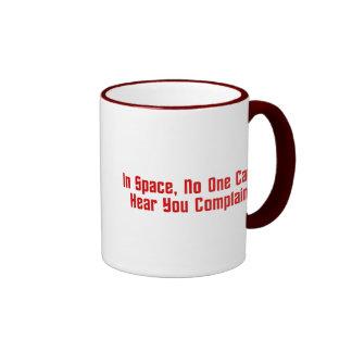 En espacio, nadie puede oírle quejarse taza de dos colores