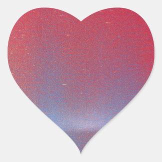 En este crepúsculo pegatina en forma de corazón