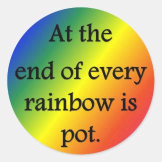 en--fin-de-cada-arco iris-ser-pote pegatina redonda