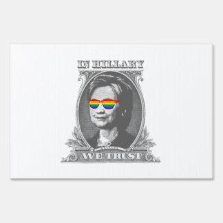 En Hillary confiamos en Cartel
