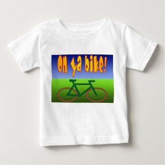 ¡En la bici de Ya! El ciclo va las emisiones cero Playera Para Bebé