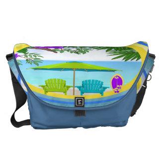 En la bolsa de mensajero de la playa bolsas de mensajeria