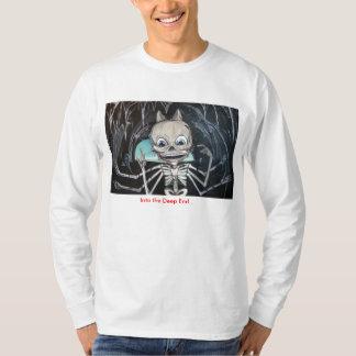 En la camiseta esquelética del extremo profundo