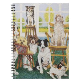 En la casa de perro libros de apuntes con espiral