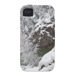 En la manera de conectar en cascada la garganta Du Case-Mate iPhone 4 Fundas