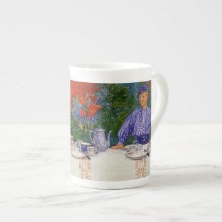 En la mesa de desayuno 1910 tazas de china