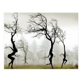 En la niebla postales