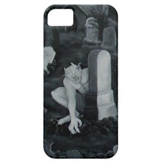 En la noche en el cementerio - diablo iPhone 5 funda