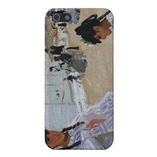 En la playa en Trouville, Claude Monet iPhone 5 Carcasas