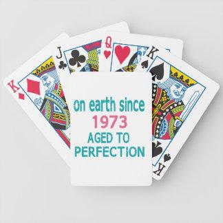 En la tierra envejecida desde 1973 a la perfección cartas de juego