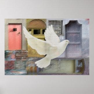 En las alas de una paloma póster