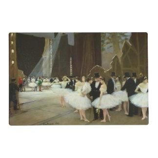 En las alas en el teatro de la ópera, 1889