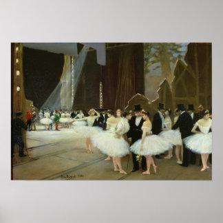 En las alas en el teatro de la ópera, 1889 poster