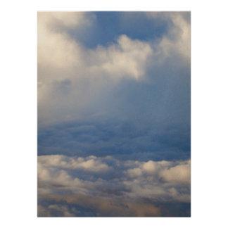 En las nubes invitación personalizada
