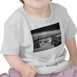 En los mandíbulas de la Segunda Guerra Mundial Camiseta
