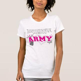En los ojos de un soldado - esposa orgullosa del camiseta
