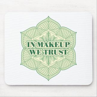 En maquillaje confiamos en tapetes de raton