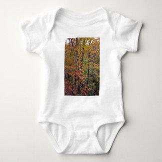 En medio de la naturaleza body para bebé