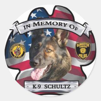 En memoria de K-9 Schultz Pegatinas Redondas