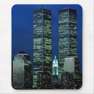 En Memoriam en memoria de las torres gemelas WTC Alfombrillas De Ratones
