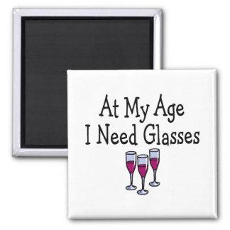 En mi edad necesito los vidrios imanes