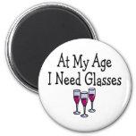 En mi edad necesito los vidrios imanes de nevera