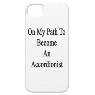 En mi trayectoria a hacer un acordeonista iPhone 5 Case-Mate cobertura
