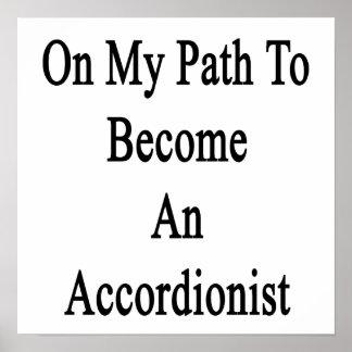 En mi trayectoria a hacer un acordeonista poster