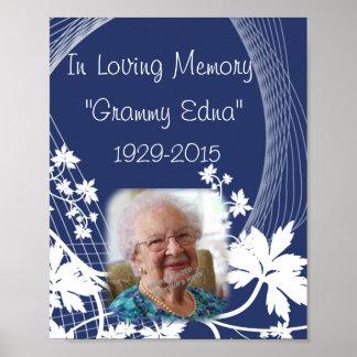 En monumento cariñoso de la memoria - en foto del póster