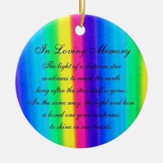 En monumento en colores pastel de la muerte del adorno navideño redondo de cerámica