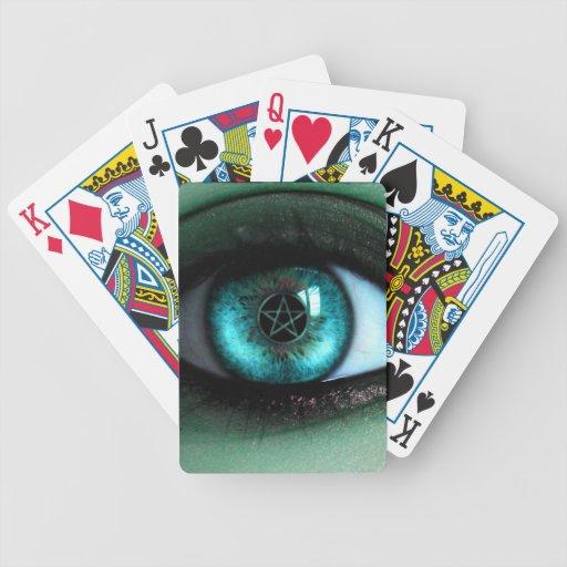 En naipes de un ojo de las brujas cartas de juego