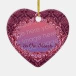En nuestros corazones - tributo conmemorativo - adorno navideño de cerámica en forma de corazón