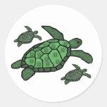 En pegatinas triples de las tortugas de mar pegatina redonda