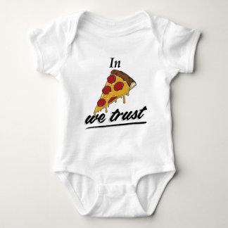 En pizza confiamos en poleras