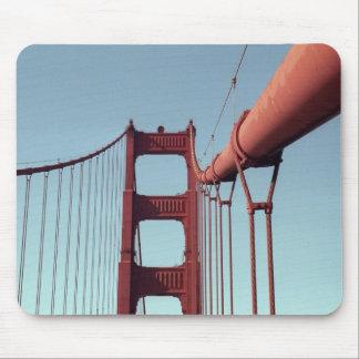 En puente Golden Gate Alfombrillas De Ratón