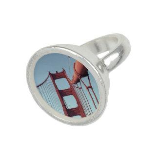 En puente Golden Gate Anillo