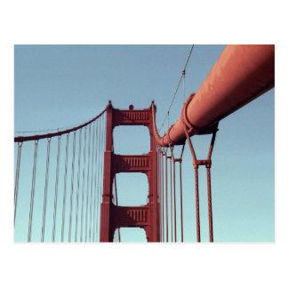 En puente Golden Gate Tarjeta Postal