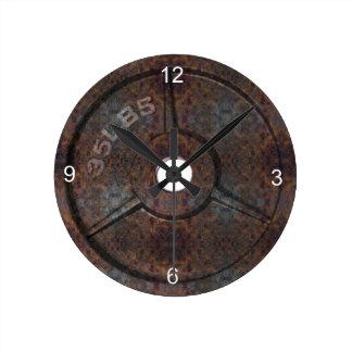 En punto del peso reloj redondo mediano
