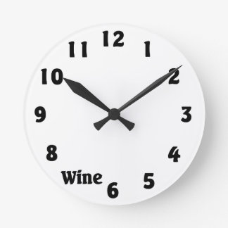 En punto del vino reloj redondo mediano