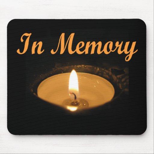 En resplandor de la vela de la memoria tapete de raton