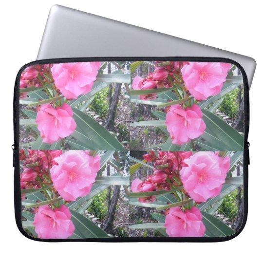 En rosa mangas computadora